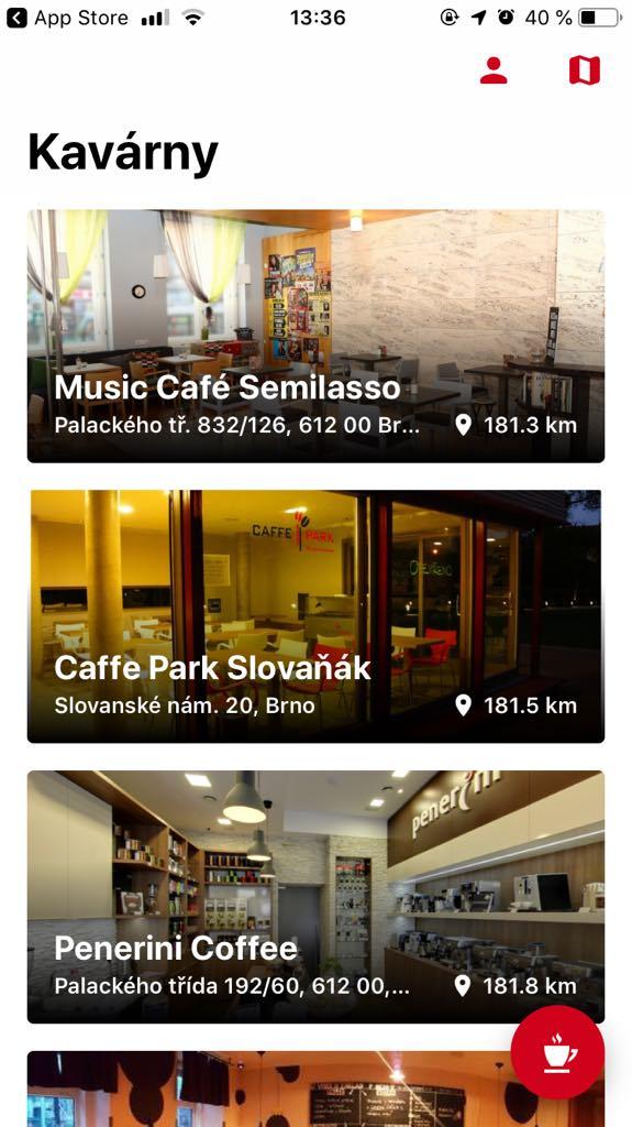 DejKafe v současnosti spolupracuje s 21 kavárnami po celém Brně. V každé z nich si zákazník naskenuje pomocí ikonky šálku kávy