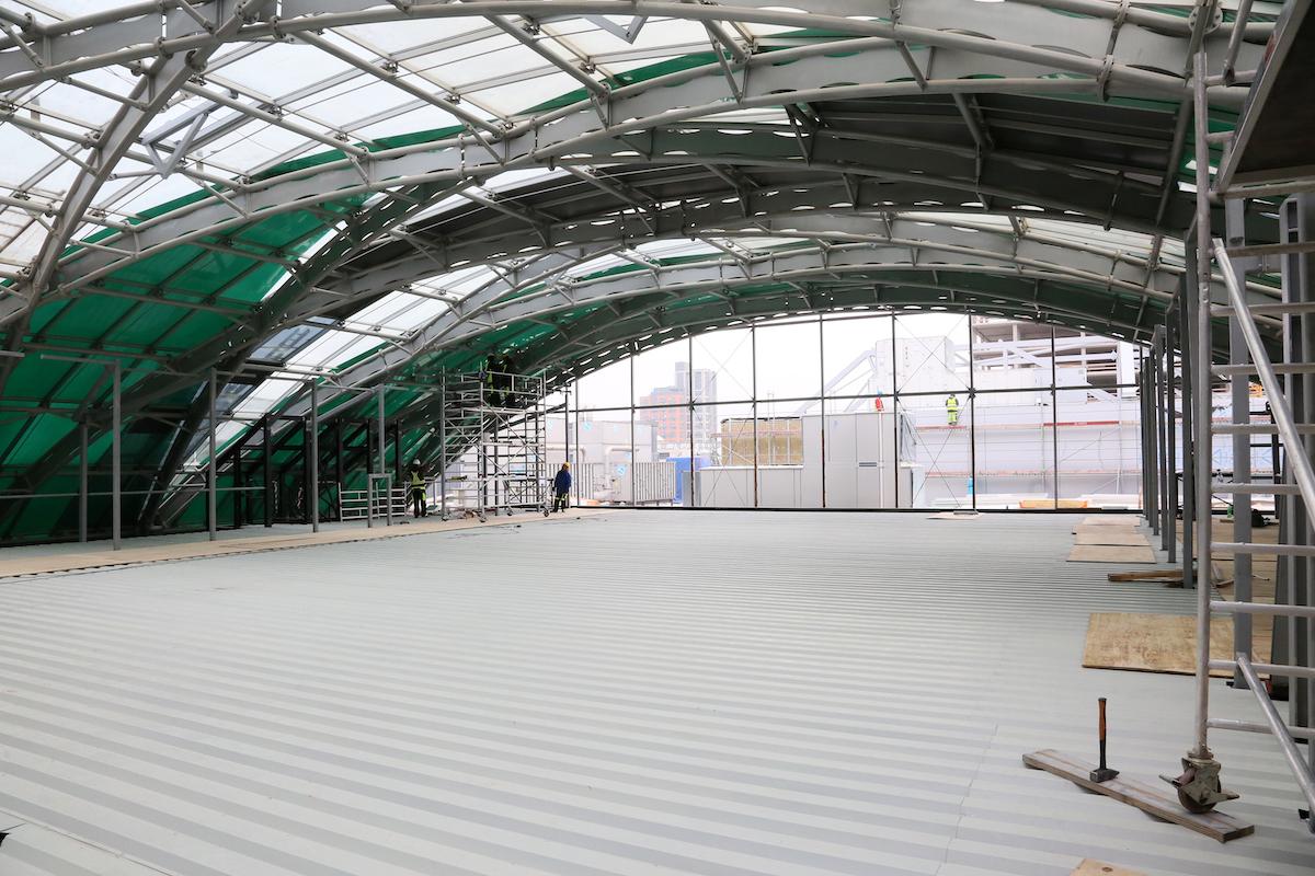I přímo pod střechou vznikne několik sálů. Foto: O2 Arena / Lukáš Procházka