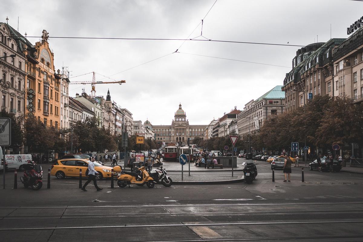 Soubor tras v aplikaci Prague Histories provádí po hlavních milnících českého století