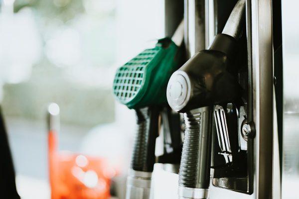 Benzina urychluje tankování, umožňuje platit aplikací přímo u stojanu