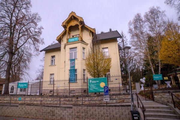 Začíná vysílat Český rozhlas Karlovy Vary