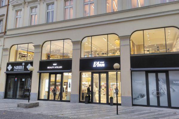 Místo Era Světa je na Jungmannově náměstí ateliér parfumerie Fann