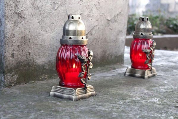 Nejvíc slev letos poprvé neměla Coca-Cola, ale hřbitovní lampy
