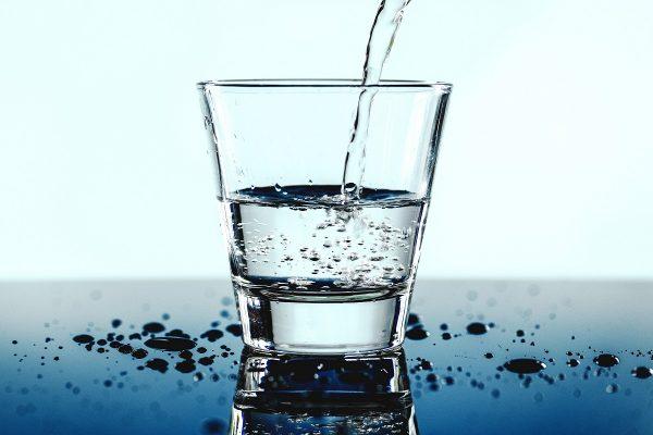 HyDroid hlídá pitný režim i konzumaci kávy a alkoholu