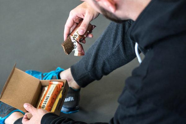 Řetězce Vitaland a Hudy zalistovaly produkty Sens z cvrččí mouky