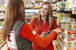Kaufland stanoví minimální interní mzdu, bude činit 24.000 Kč