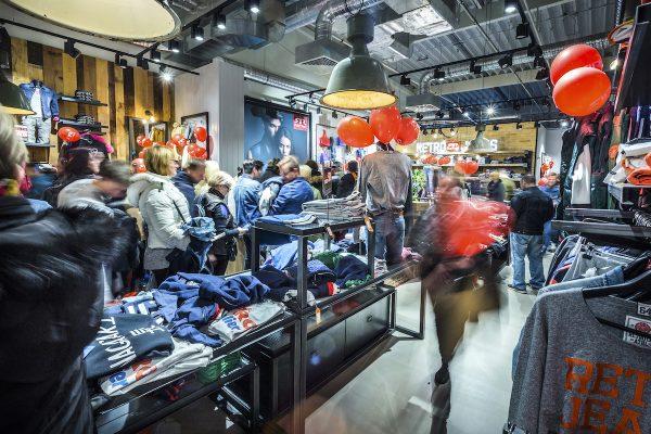 Pražský outlet Fashion Arena přidal obchod Retro Jeans