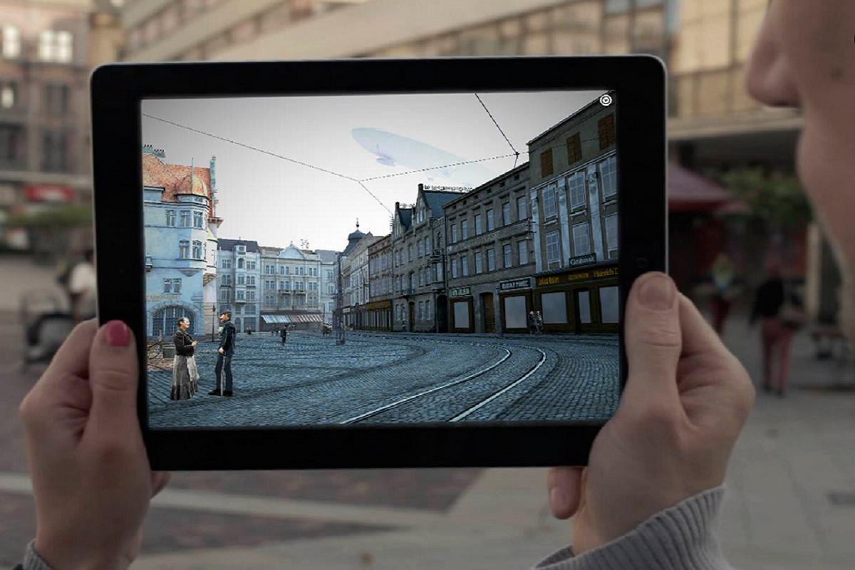 Projekt Opavská staletí se skládá z multimediální knihy a dvou aplikací pracujících s virtuální a rozšířenou realitou