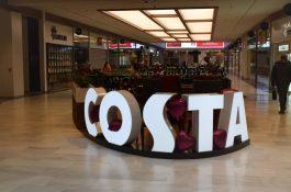 Costa Coffee jde na Slovensko, u nás přidá Arkády a Palmovku