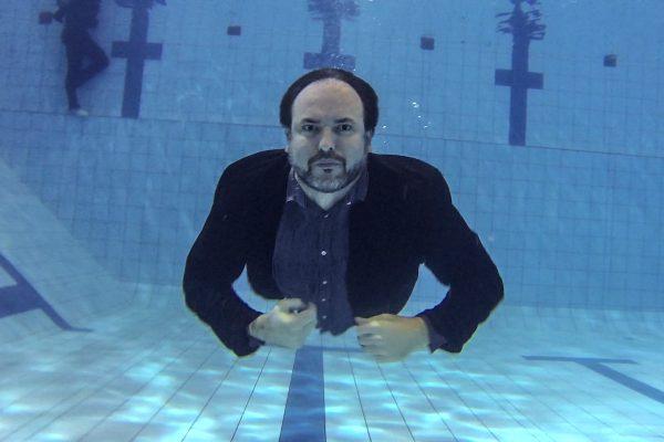 Nově vzniklá VMLY&R pohltila i Swimming Pool