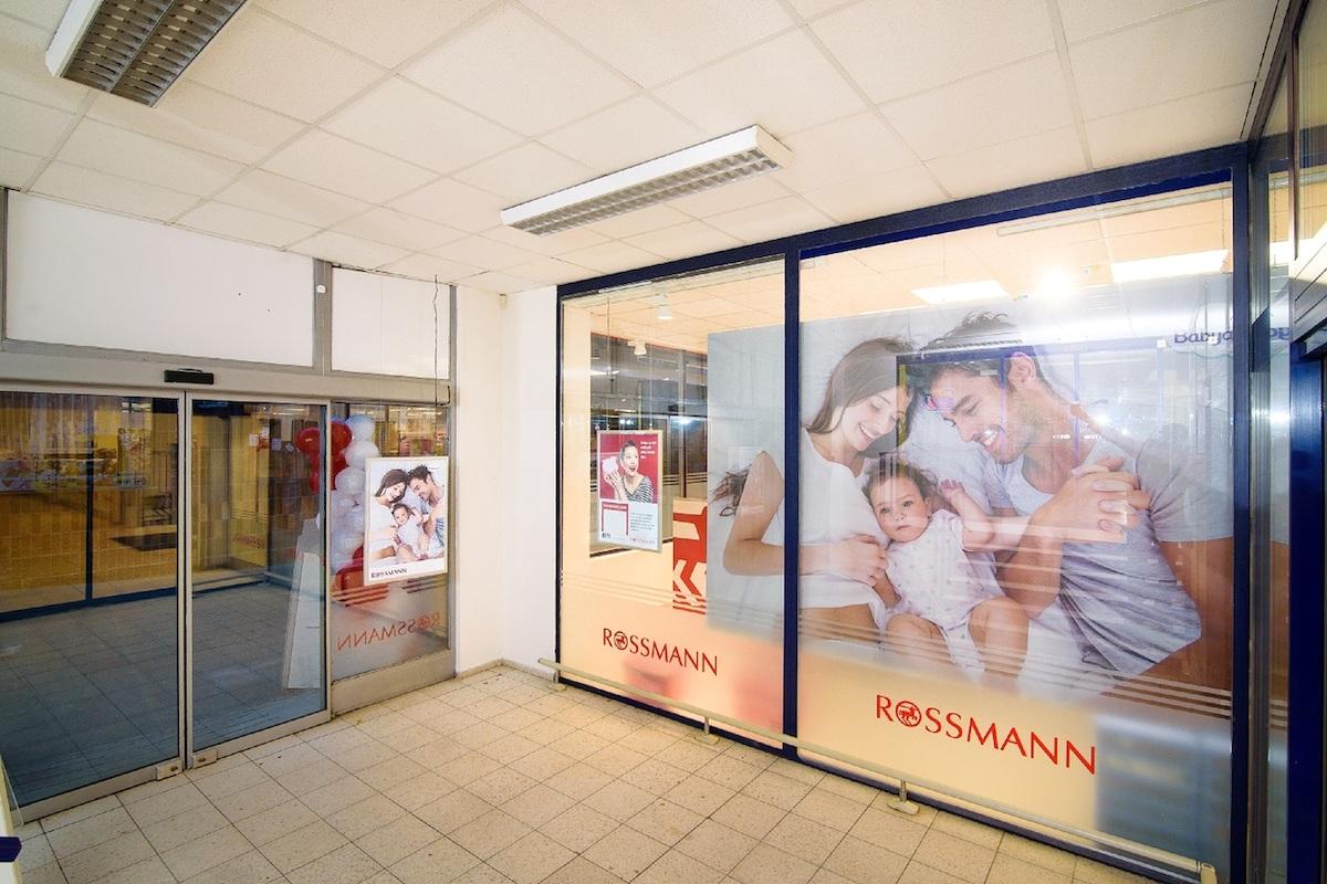 Nový Rossmann v Mělníku: vstupní zóna