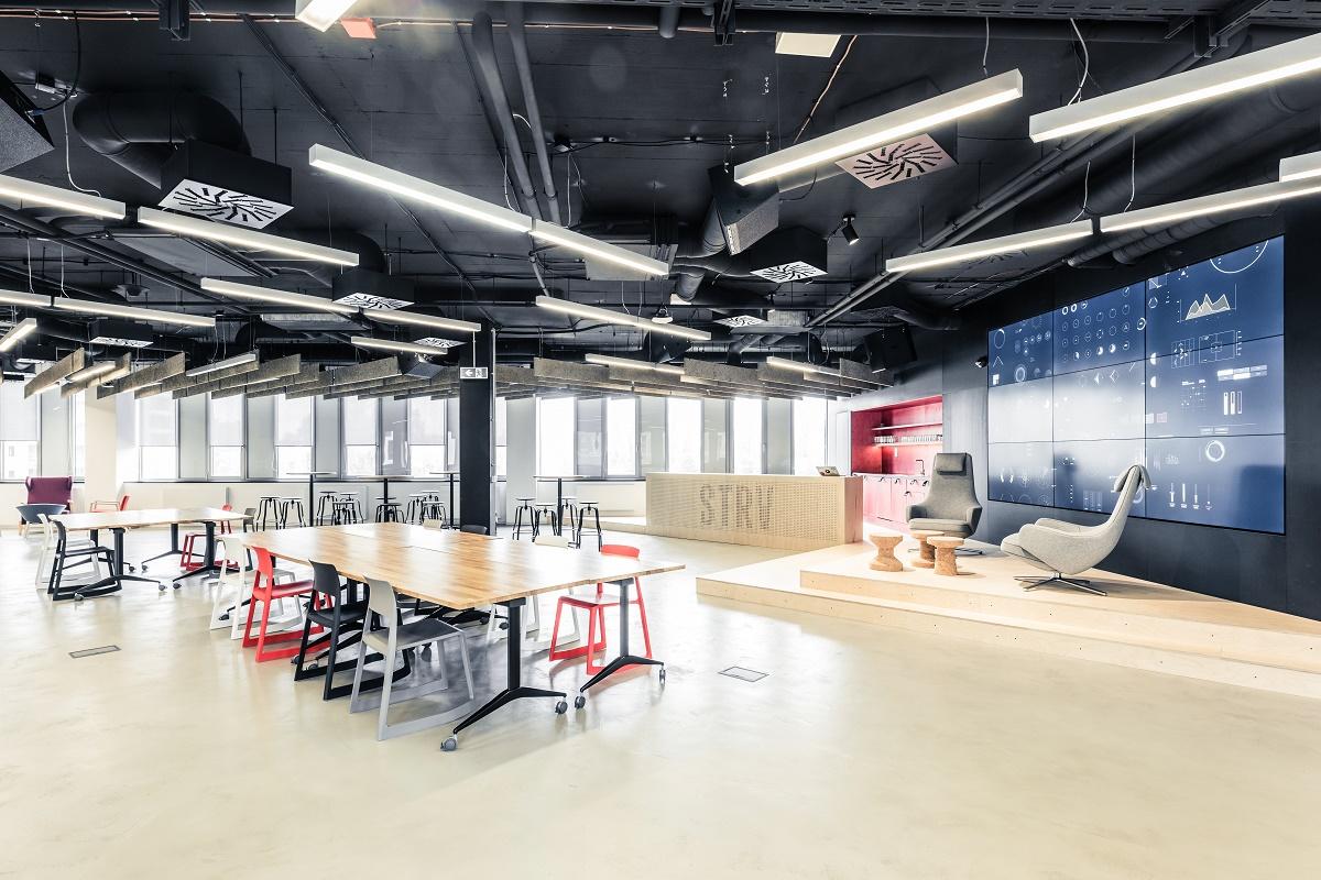 Kromě pražské pobočky má Strv kancelář také v Brně, Los Angeles, San Francisku, a nyní se chystá i do Londýna