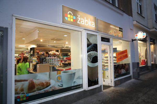 Síť Žabka otvírá novou prodejnu na Praze 10 ve Starostrašnické