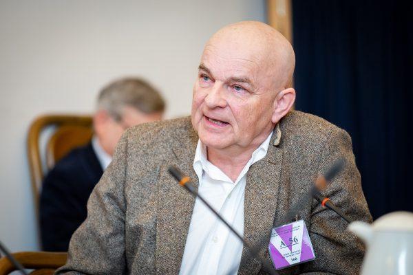 Do rady pro vysílání chtějí Dolínek, Köppl či bývalý šéf ČT Janeček