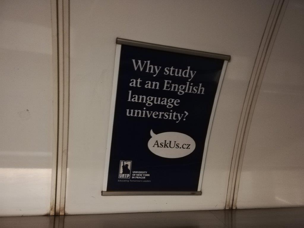 University od New York in Prague: AskUs.cz