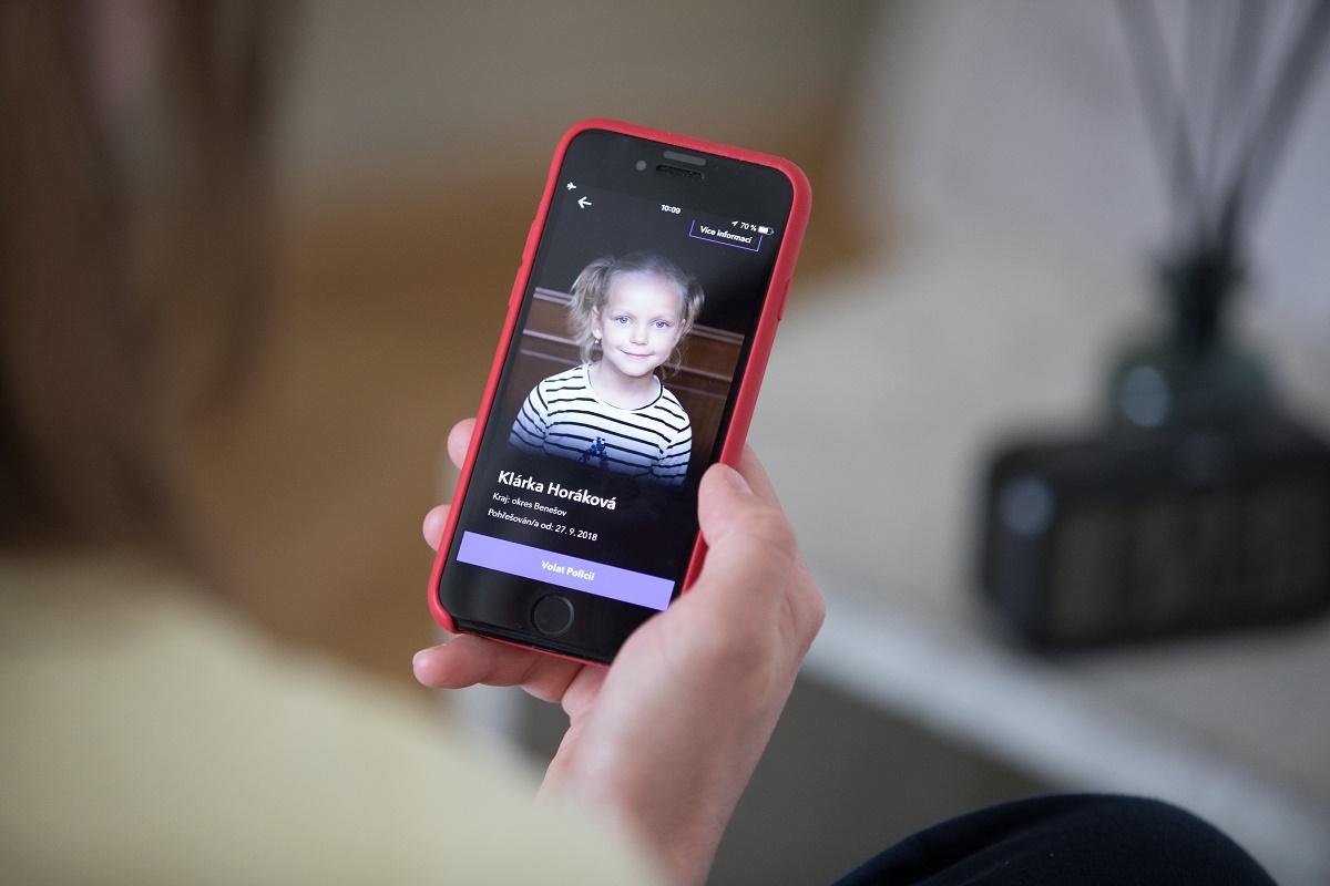 Aplikace Echo díky propojení s databází Policie ČR zapojí veřejnost do hledání dětí