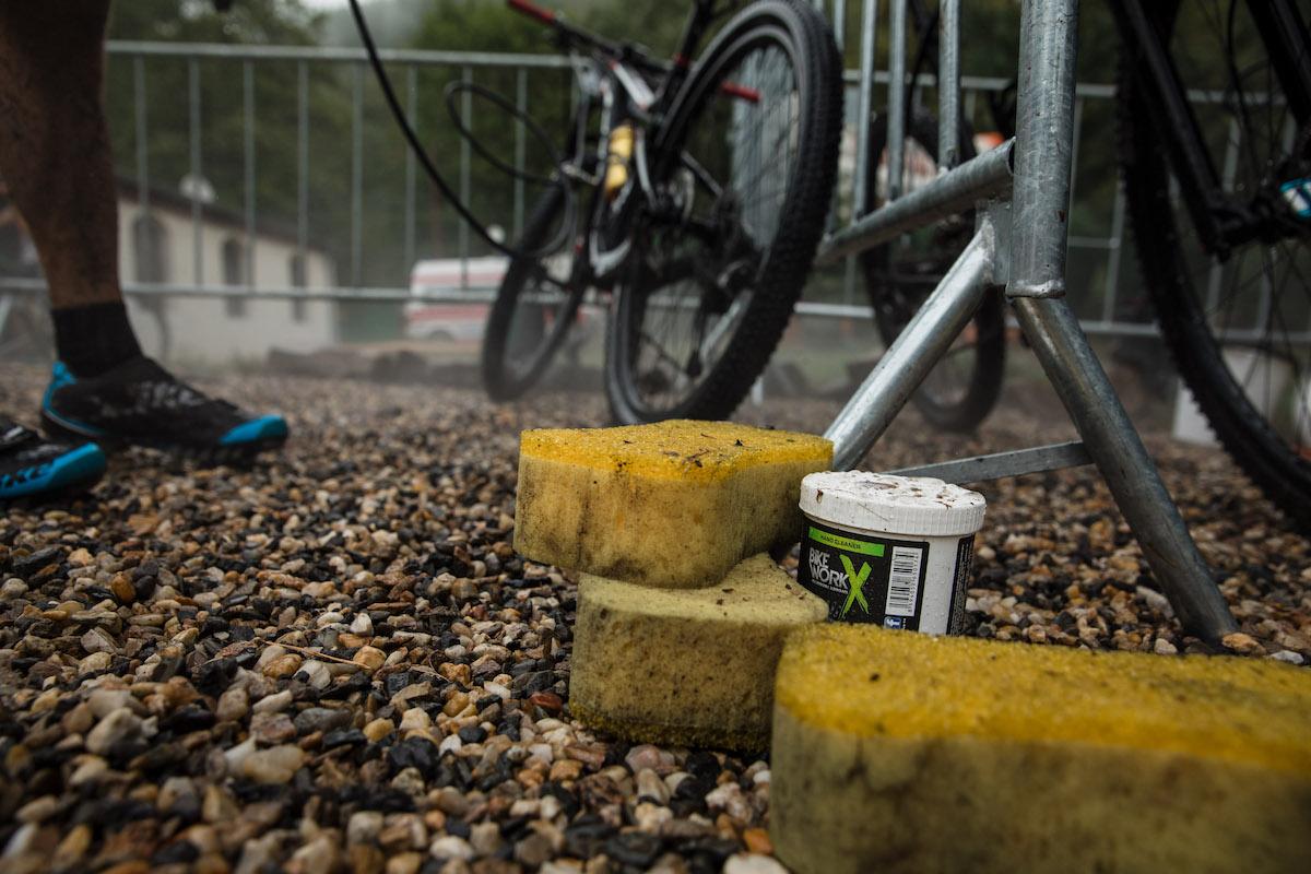BikeWorkX a mytí kol