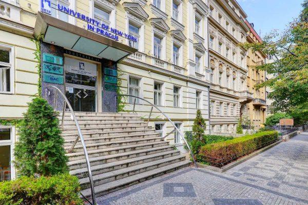 Ask Us! Pražská University of New York za sebe nechává mluvit studenty
