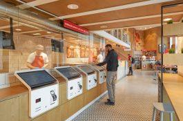 Na Kulaťáku přibyla pizzerie s objednáním bez obsluhy