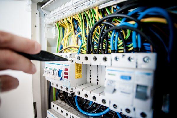 Nová apka E.onu umí odhadnout výdaje na energie na další měsíc