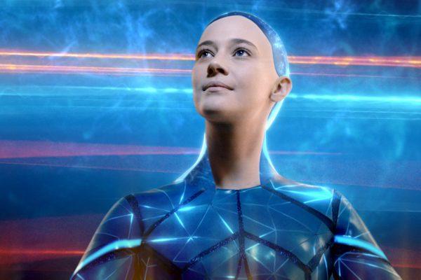 O2 pokračuje v reklamě s polskou modelkou, hraje Chytrou síť