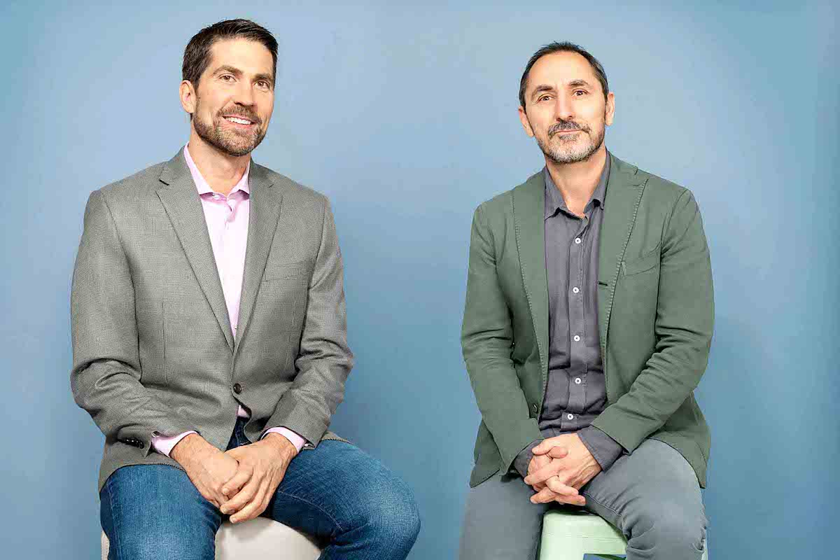 Zakladatel agentury Droga5 David Droga (vpravo) a Brian Whipple, šéf Accenture Interactive