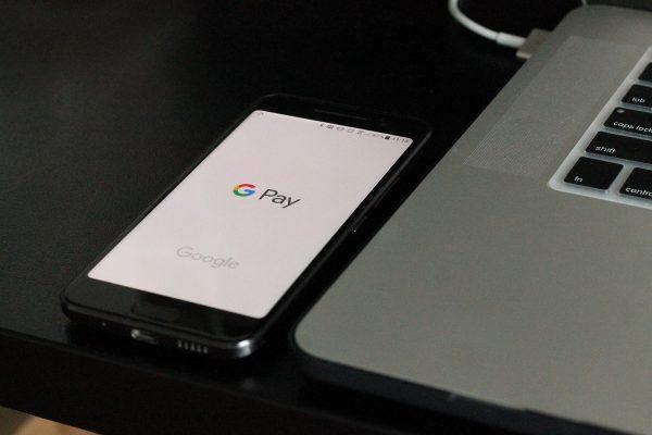 Fio banka spouští bezkontaktní platby přes Google Pay