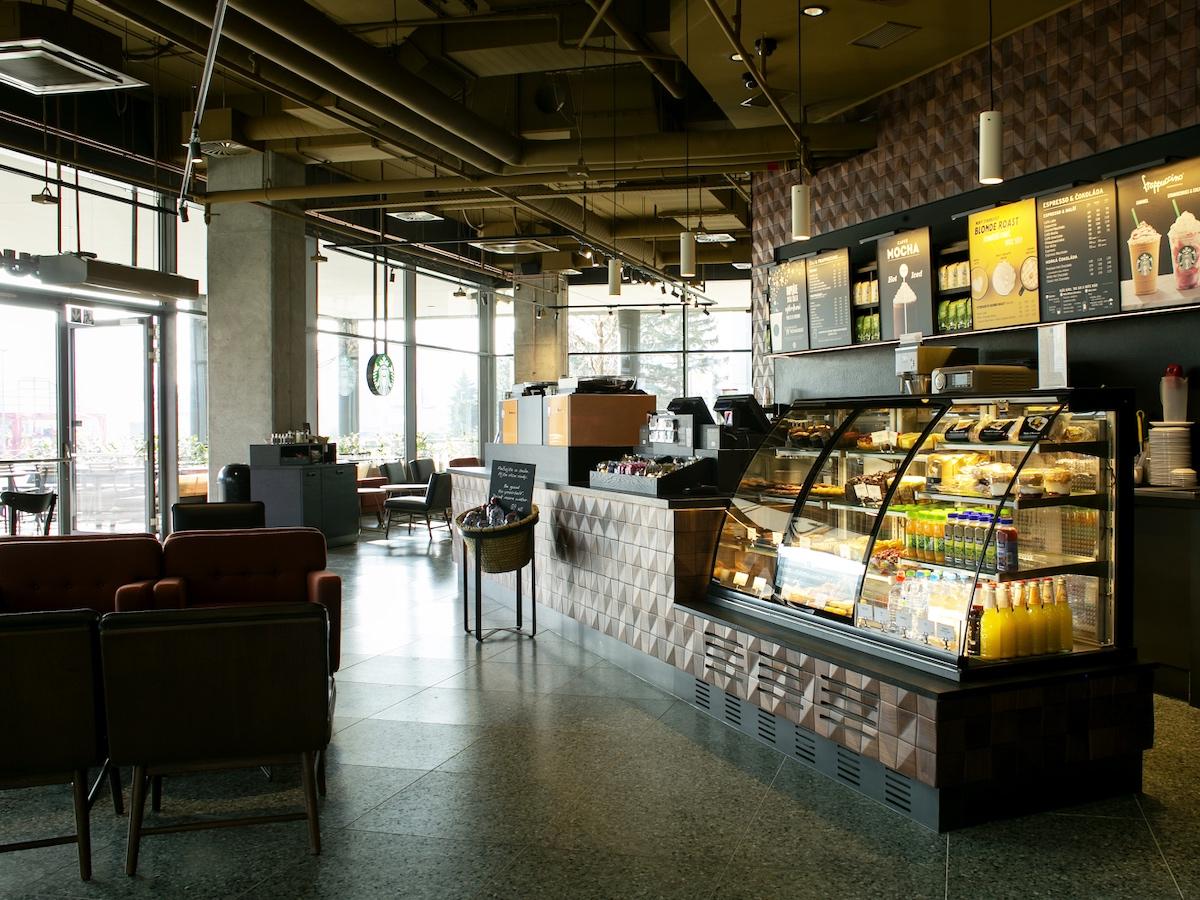 Nová kavárna Starbucks v Arkádách Pankrác