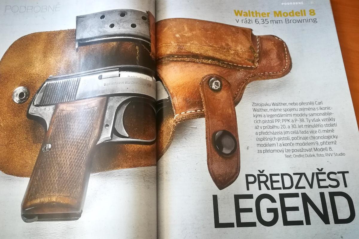 Typická dvoustrana strana magazínu Zbraně a náboje v nové podobě