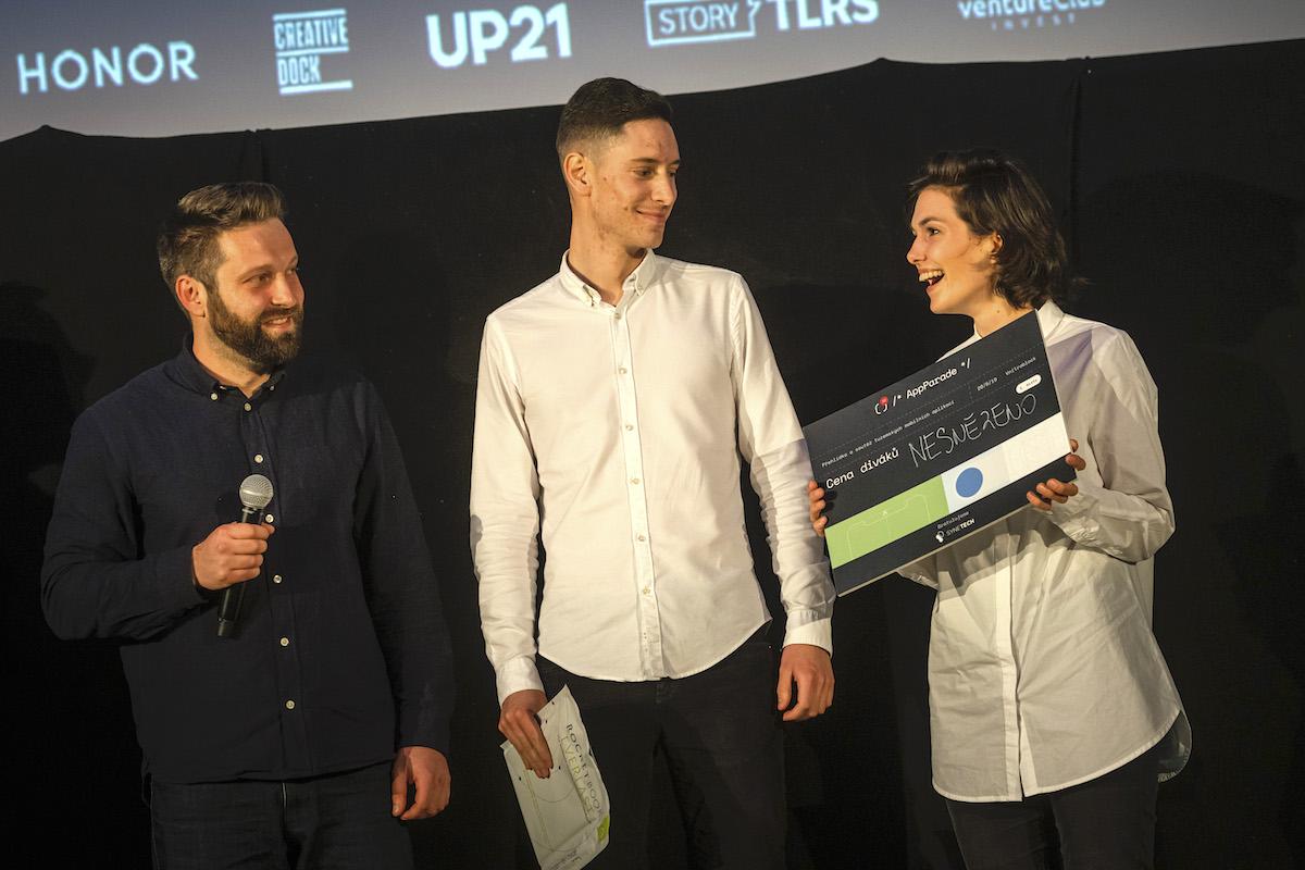 Jakub Henni a Michaela Gregorová vyhráli u diváků s aplikací Nesnězeno. Foto: Lukáš Wagneter, Red Bull Media House