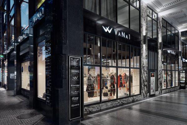 K butiku VaNa1 v Koruně přibyl dvoupatrový outlet