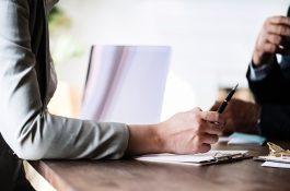 Databáze míst Práce v Česku pomůže i napsat motivační dopis
