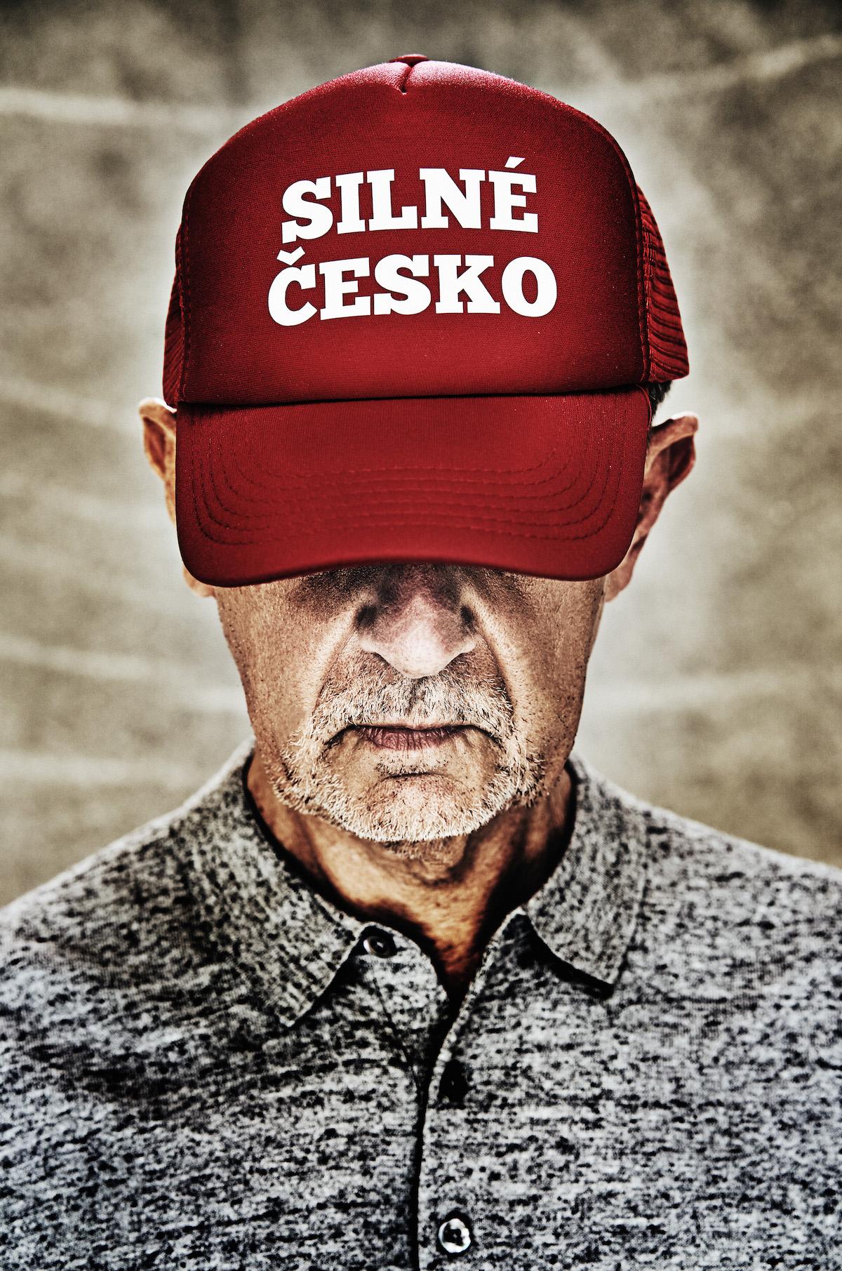Andrej Babiš v červené čepici. Foto: Jiří Turek