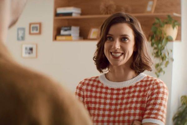 Díky ženám bydlíme lépe, ukazují spoty spořitelny Raiffeisen od VCCP