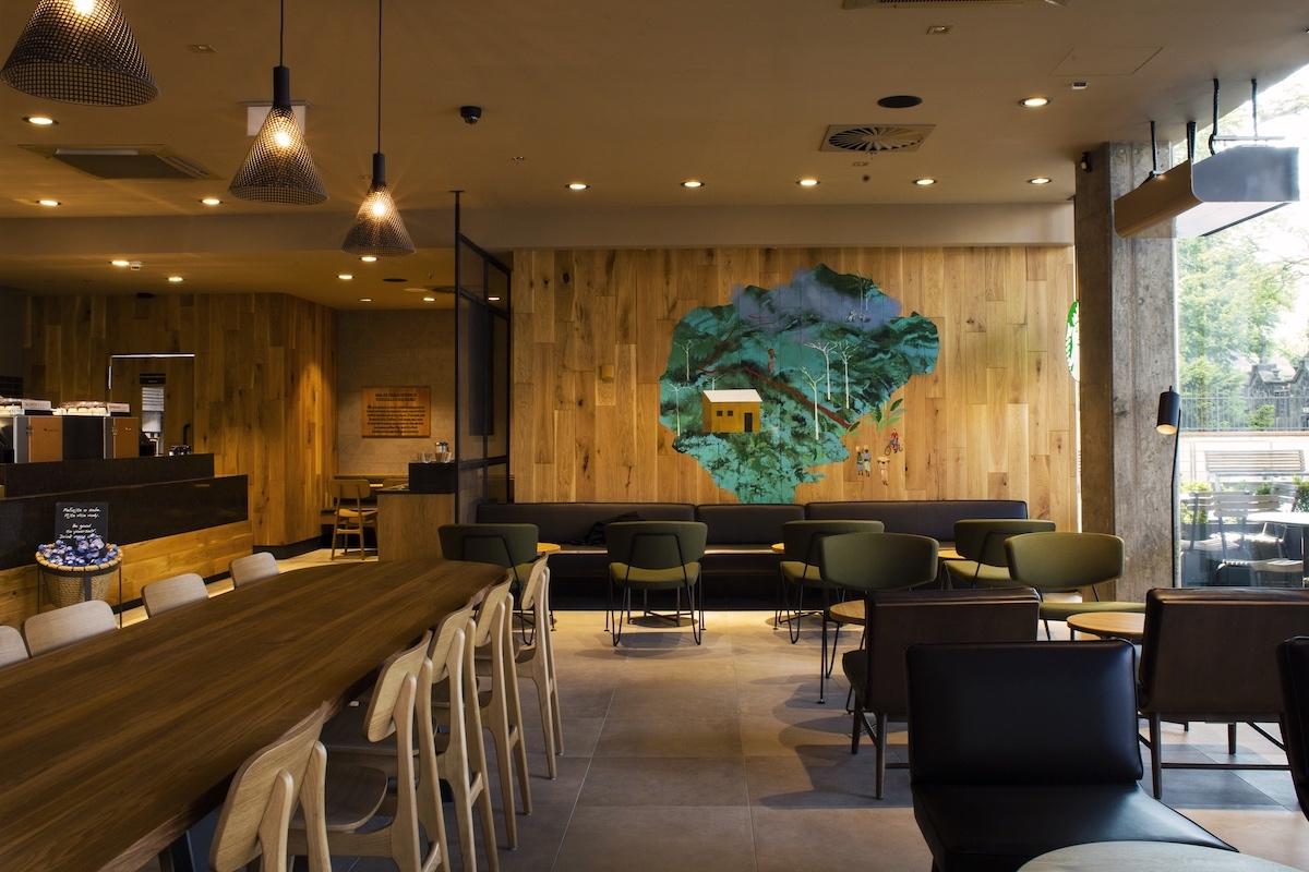 Nová kavárna Starbucks v pražském Atriu Flora
