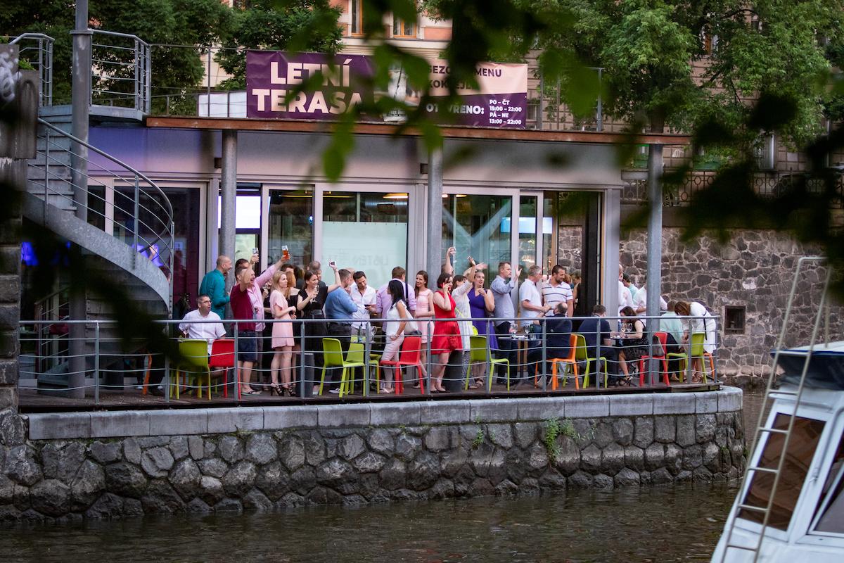Galavečer i oslavy proběhly v Jazz Docku. Foto: Tomáš Kříž