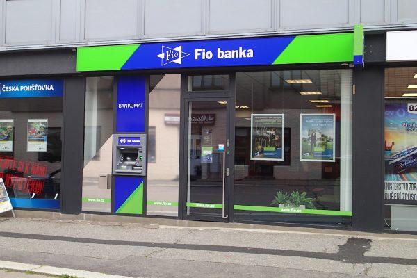 Fio banka inovuje apku, nabízí větší zabezpečení i generátor QR kódů