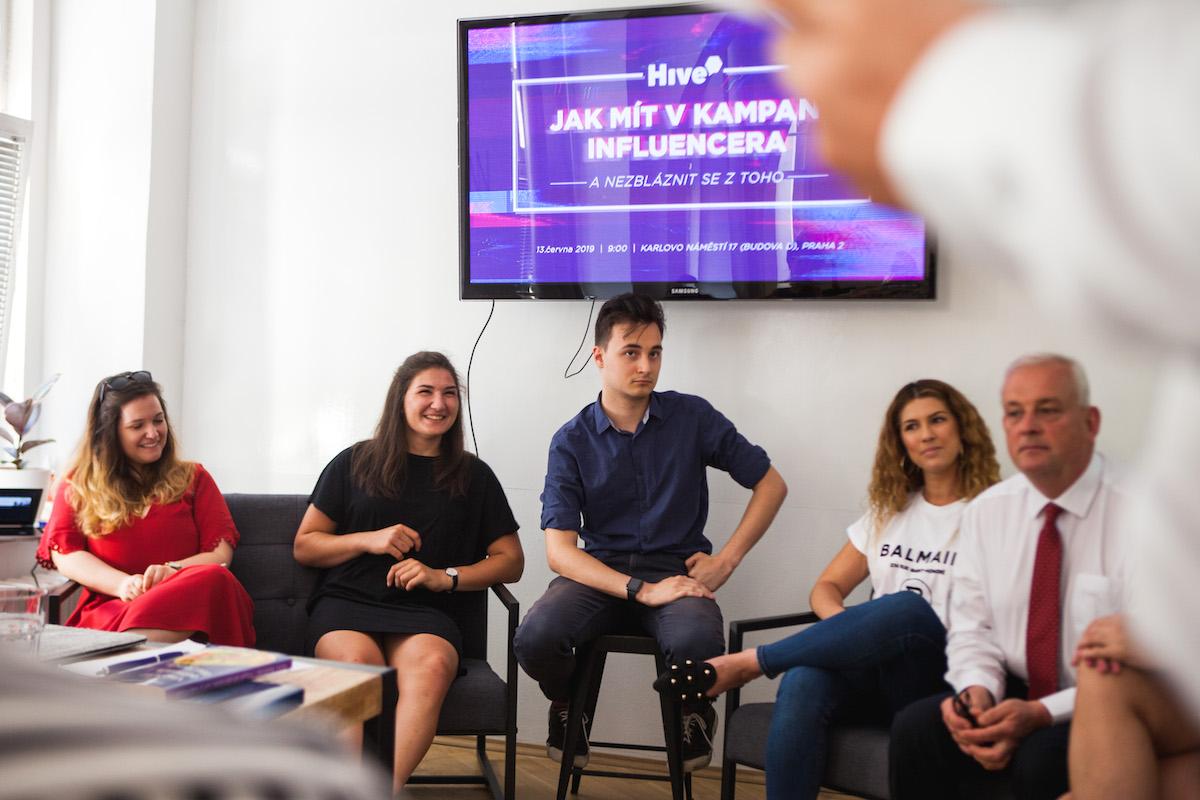 Seminář Jak mít v kampani influencera a nezbláznit se z toho proběhla v sídle Konektoru