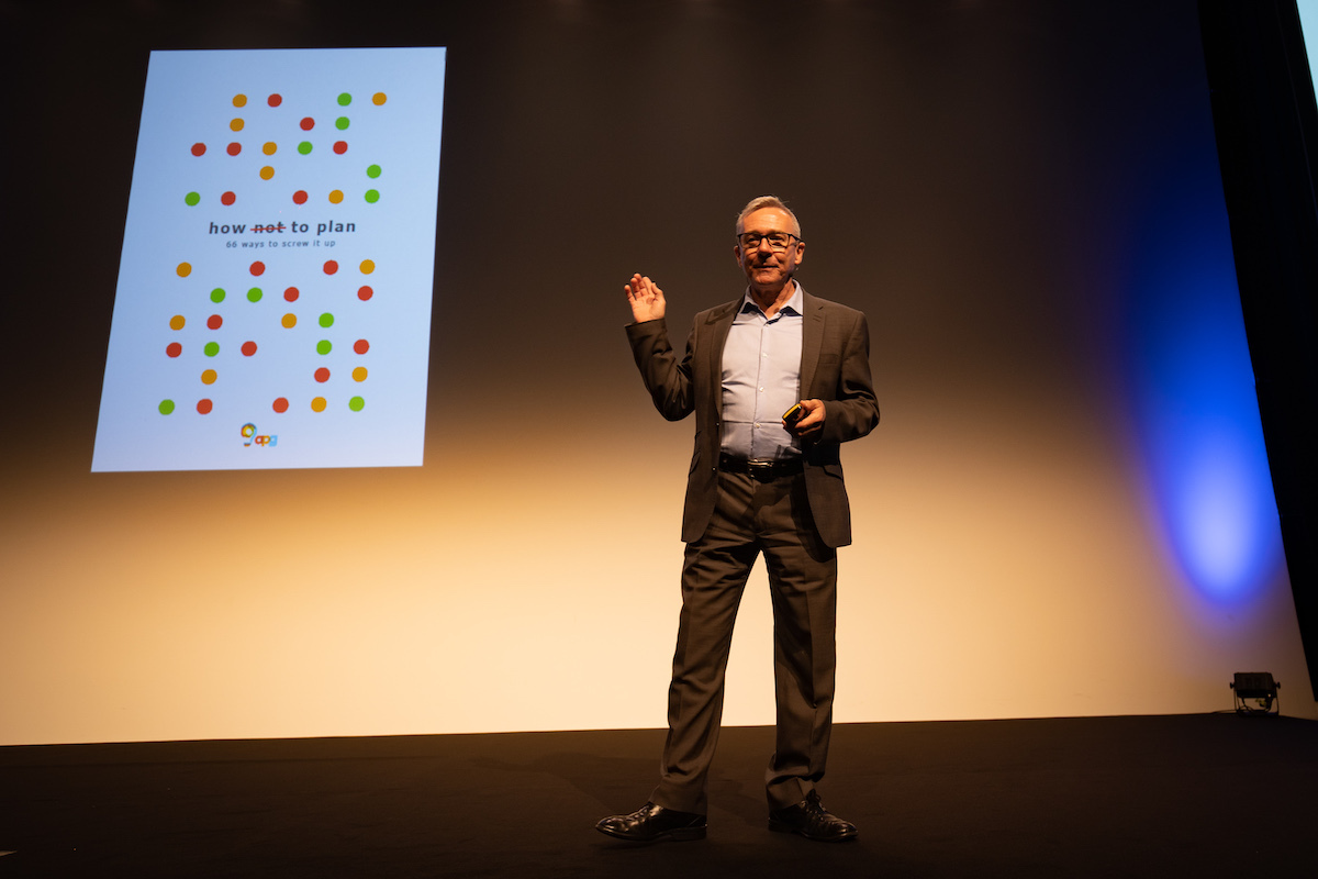Les Binet na Communication Summitu 2019. Foto: Blue Events