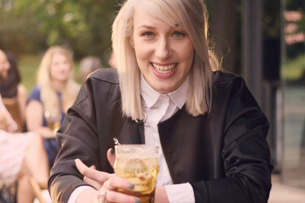 Alex Monhart v reklamě Kingswoodu