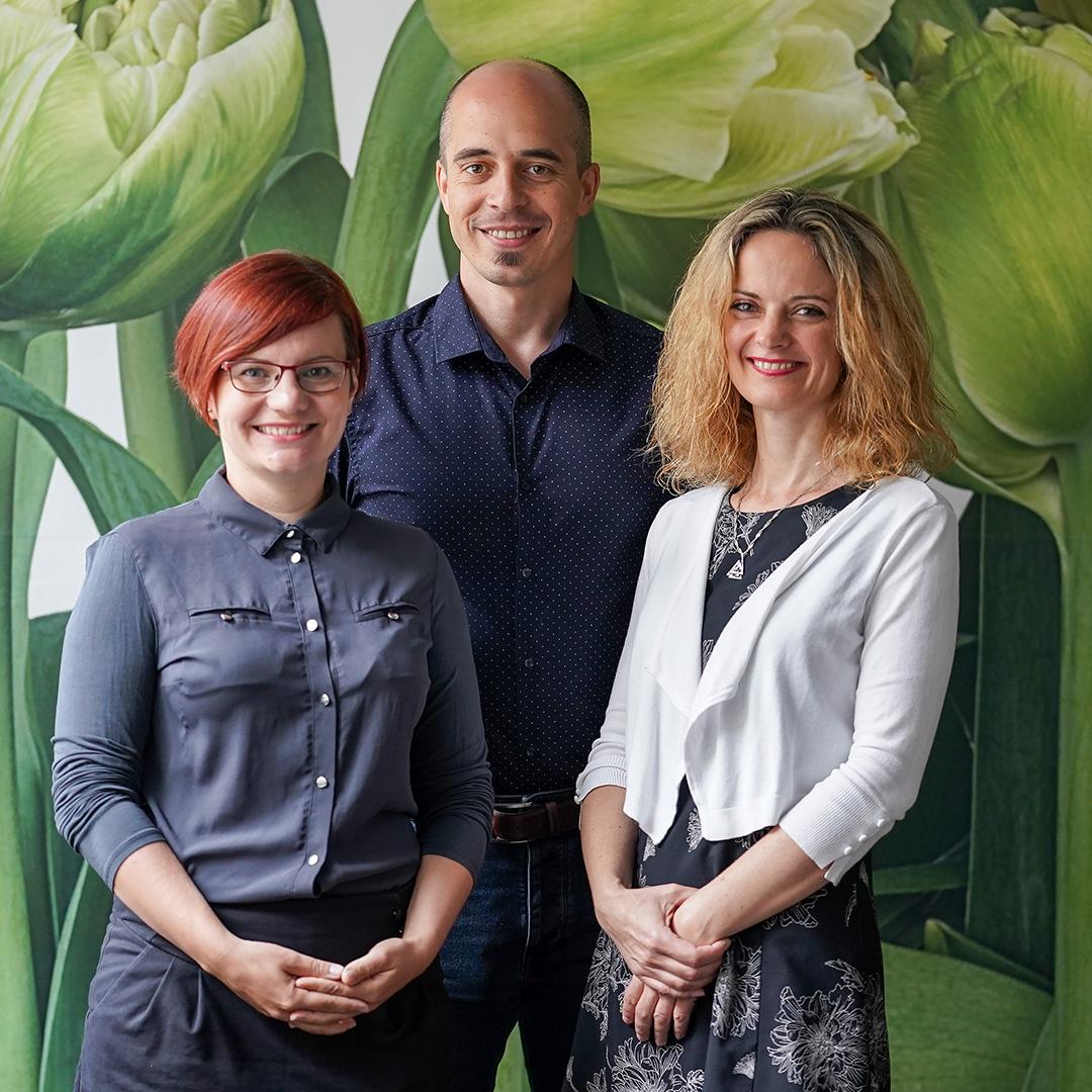 Zleva Veronika Burešová, Pavel Pajkrt, Andrea Krejčí