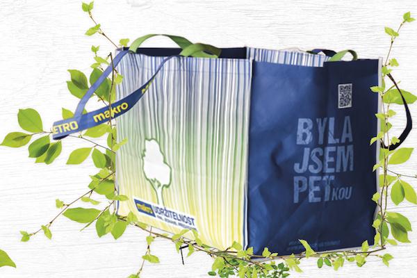 Makro končí s prodejem jednorázových plastových tašek