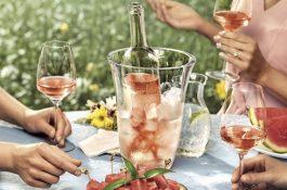 Vinařský fond láká vyzkoušet růžové s melounem, saláty či masem