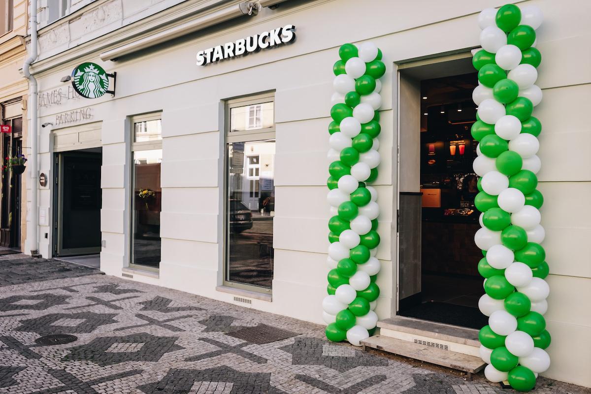 Nový Starbucks na pražském Újezdě