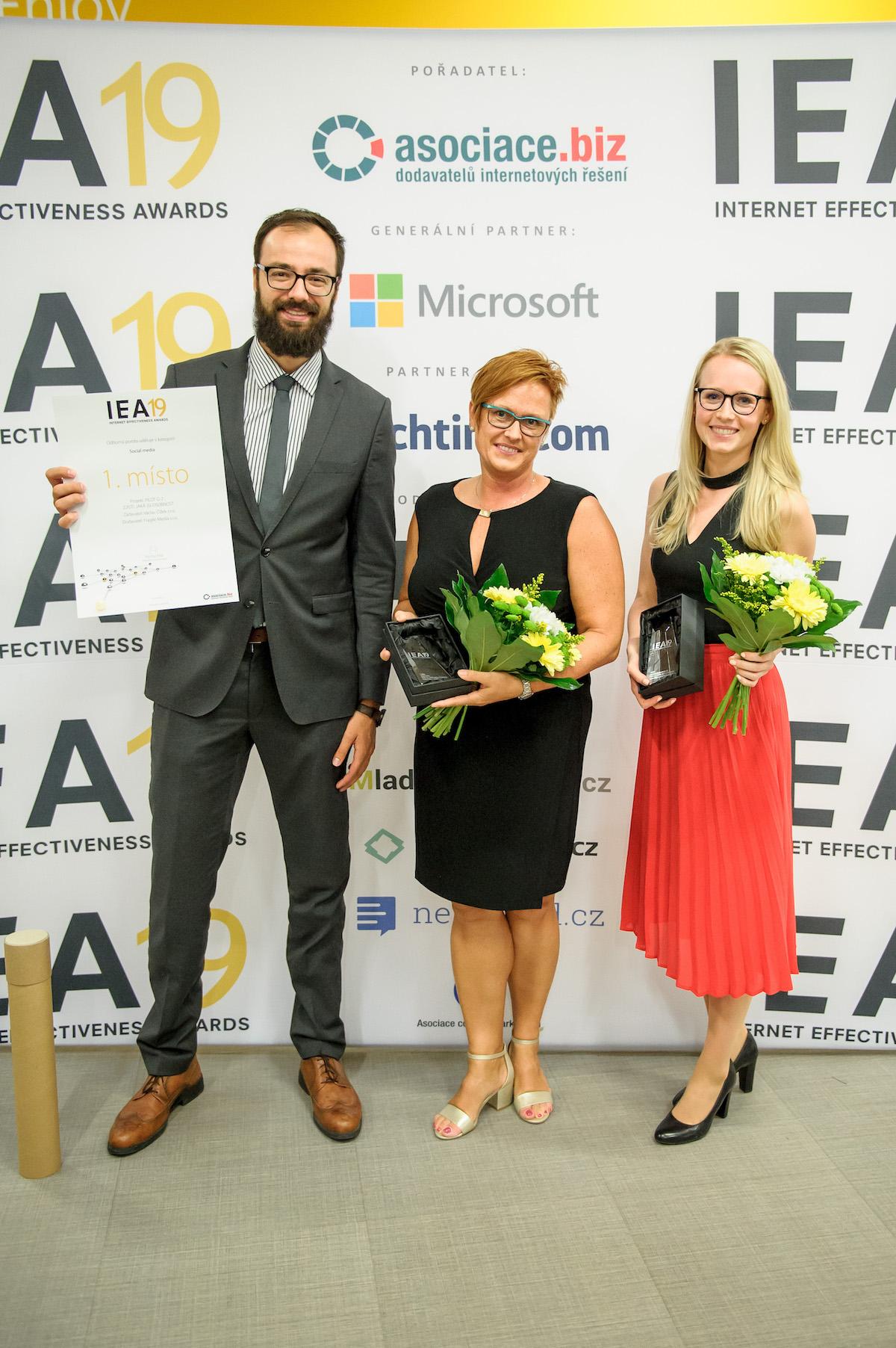 Daniel Seman (art director, Fragile), Eliška Kmochová (projektová manažerka kampaně, Fragile), Renata Unger (marketingová a produktová manažerka společnosti Václav Čížek)