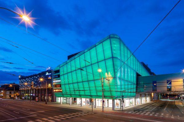 CPI: v obchodních centrech nakoupí aspoň jednou za rok 87 % Čechů