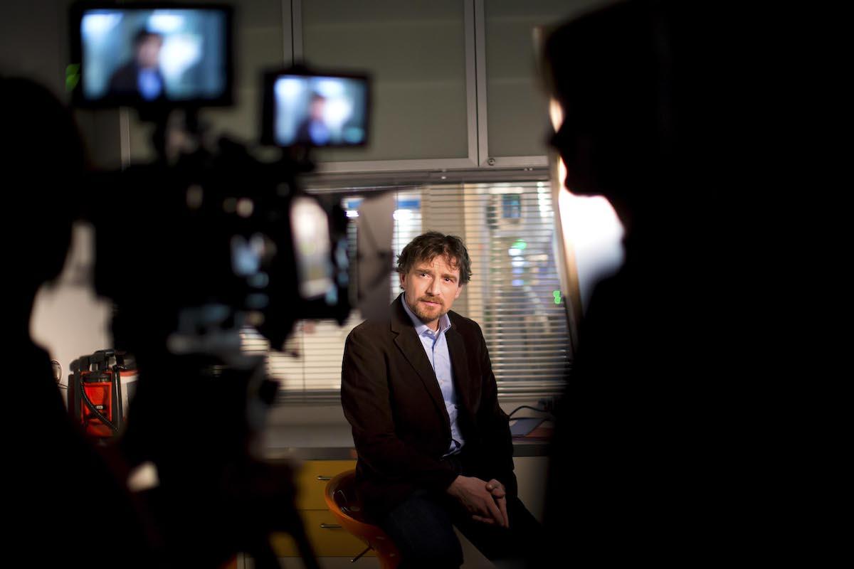 Janek Kroupa je autorem a průvodcem nové dokureality Příběhy českých zločinů. Foto: TV Nova