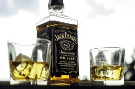 Jack Daniel's bude propagovat PR.Konektor