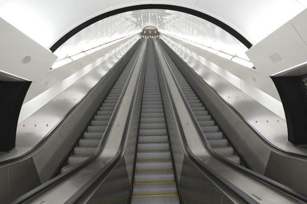 Za ovlivnění pronájmu citylightů v metru padly tresty po 50.000 Kč
