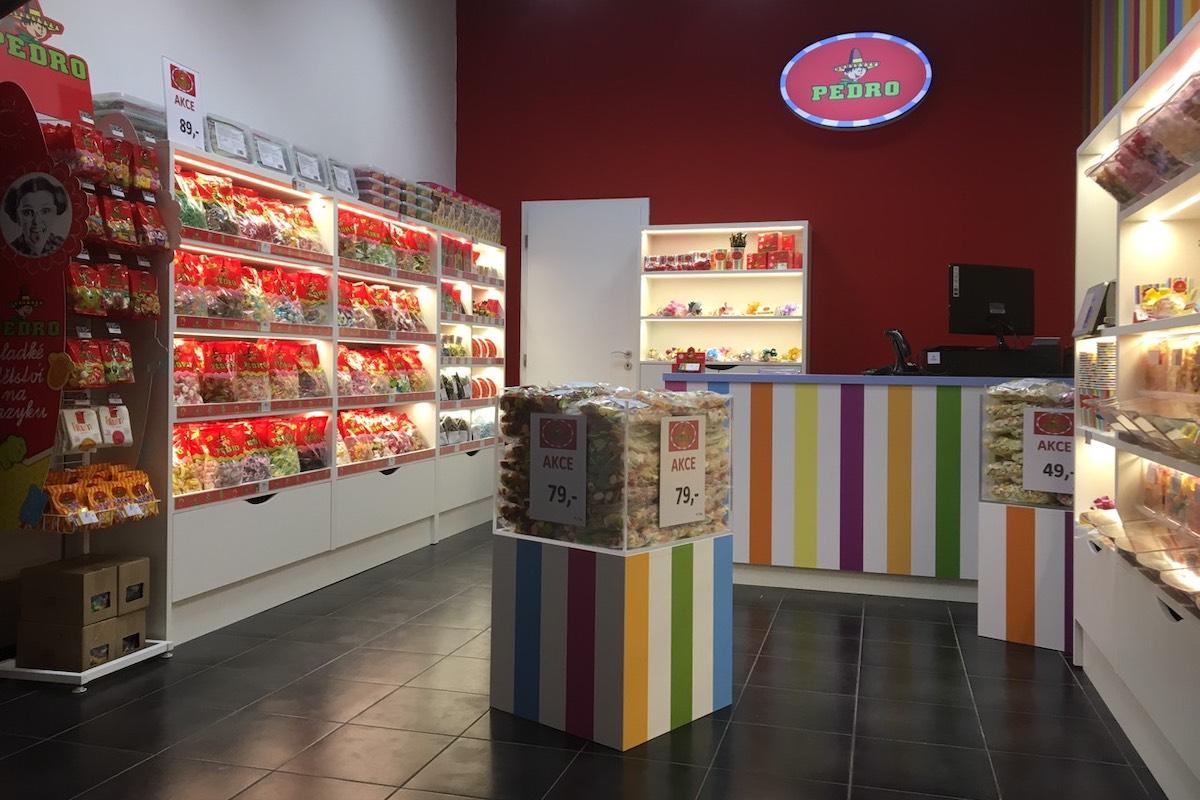 Prodejna značky Pedro v obchodním centru Bondy v Mladé Boleslavi